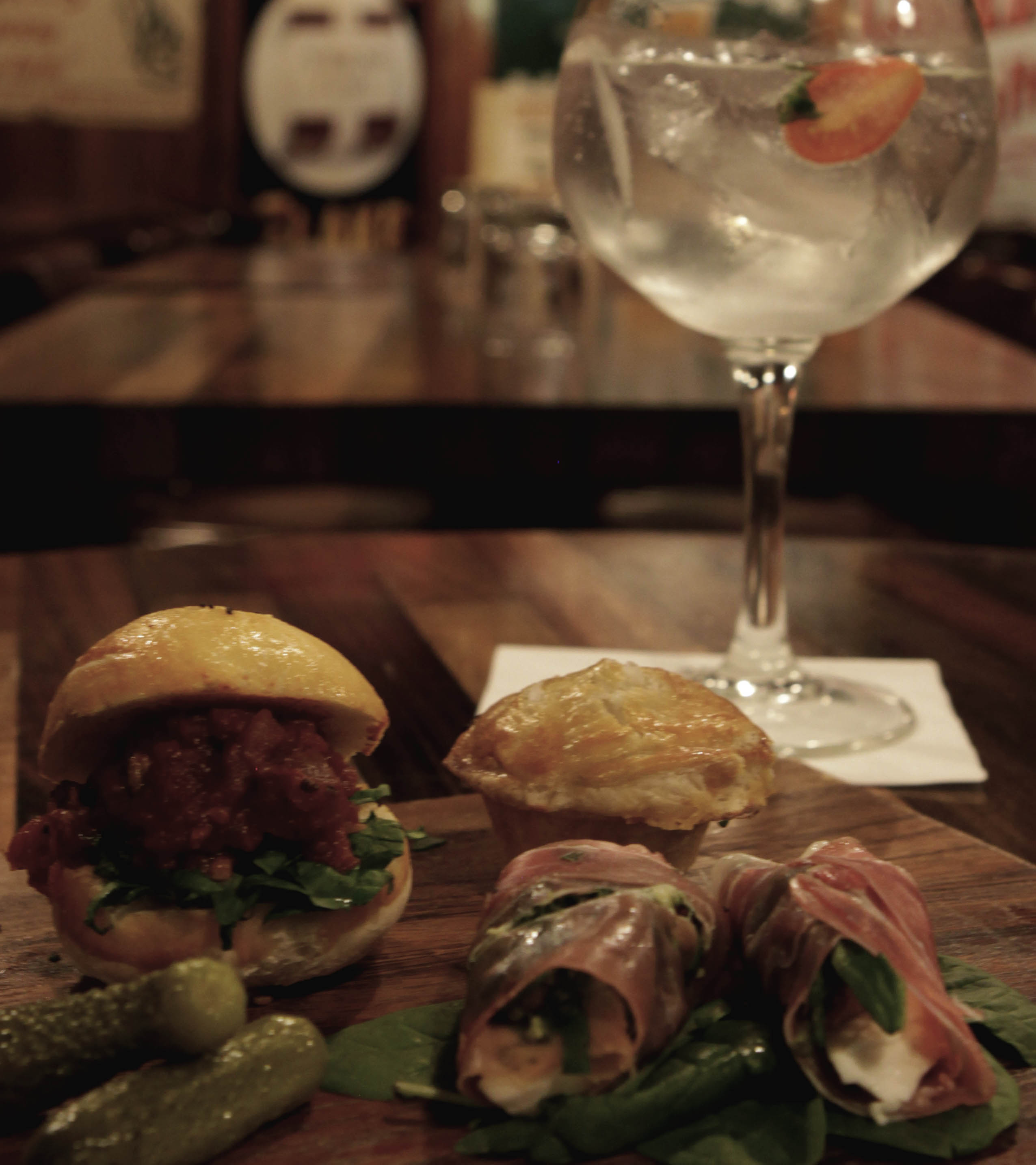 Food Pairings & Gin – You can now lunch at the LGC